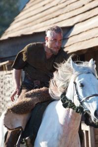 Ragnar-ragnar-lothbrok-34131733-293-440